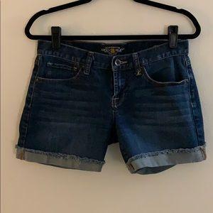 Size 4 Lucky Jeans Abbey Shorts